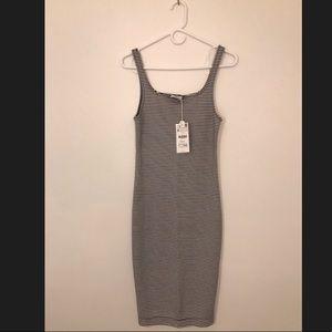 BRAND NEW Knee high stripe Zara dress